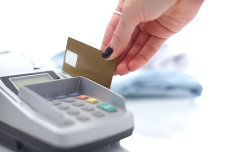Photo pour Credit card payment, buy and sell products service. Credit card payment - image libre de droit