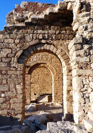 Foto per ancient ruins of lindos, rhodes island - antiche rovine di lindos, isola di rodi - Immagine Royalty Free