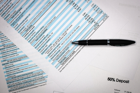 Foto de Business composition. Financial analysis - income statement, business plan - Imagen libre de derechos
