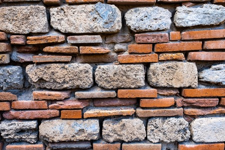 Foto de Old and ancient brick wall. Grunge texture background - Imagen libre de derechos