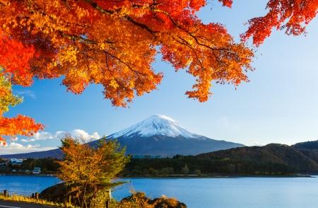 Foto de Mt. Fuji in autumn - Imagen libre de derechos
