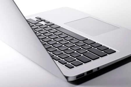 Photo pour Closeup laptop keyboard - image libre de droit
