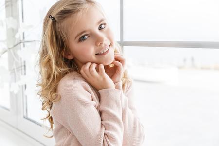 Foto de close-up portrait of adorable little child looking at camera - Imagen libre de derechos