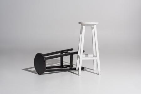 Foto de black and white wooden chairs with shadow on white - Imagen libre de derechos