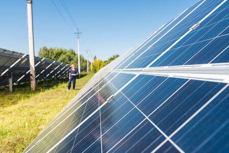 Photo pour selective focus of solar energy batteries with copy space - image libre de droit