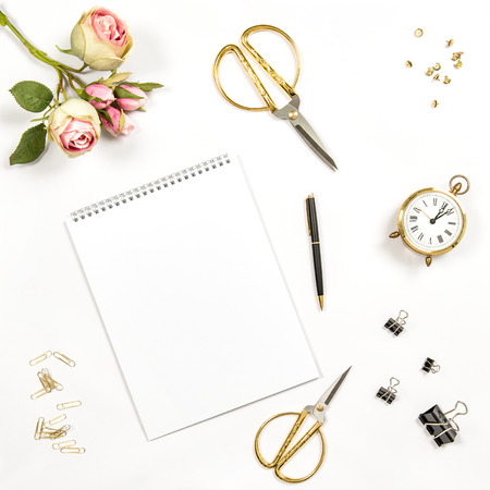 Photo pour Sketchbook, flowers, office tools and accessories. Flat lay notebook, top view - image libre de droit