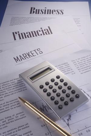 Photo pour stock image of the calculator of business report - image libre de droit