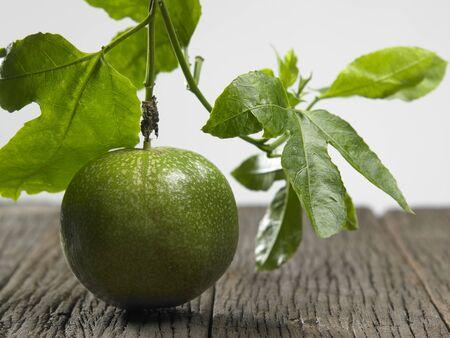 Foto de Close up of passion fruit on the vine - Imagen libre de derechos