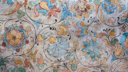 Foto de Ancient Italian floral frescoed wall - Imagen libre de derechos