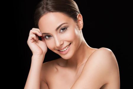 Photo pour Portrait of a happy smiling brunette makeup beauty. - image libre de droit