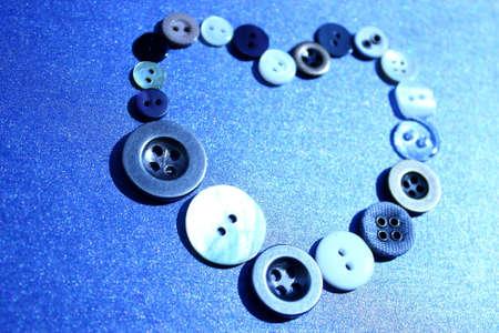 Botones de colores con forma de corazón