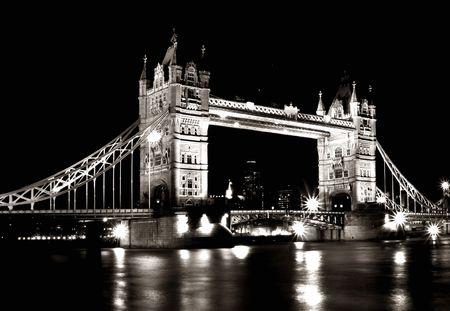 Photo pour tower bridge - image libre de droit