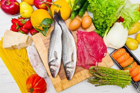 Foto de typical foods for a balance diet - Imagen libre de derechos