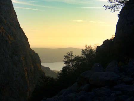 Photo pour mala paklenica gorge in velebit national park  in croatia - image libre de droit