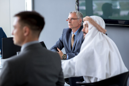 Photo pour Senior director hold meeting in office - image libre de droit