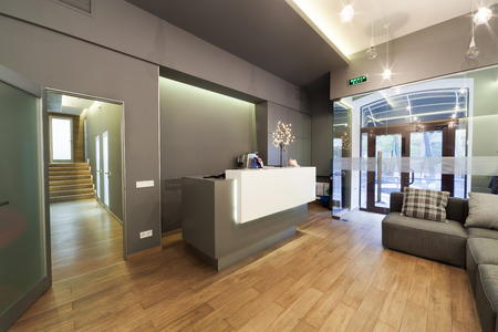 Photo pour Modern interior design. Lobby at  dental clinic. - image libre de droit