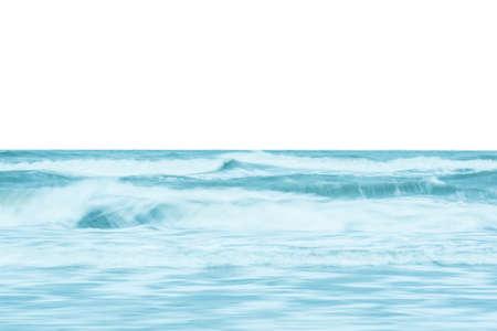 Photo pour Ocean waves crashing  on the shore - image libre de droit