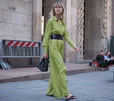 MILAN, ITALY -JUNE 15, 2018: Linda Tol for photographers in the street before ALBERTA FERRETTI fashion show, during Milan Fashion Week Men and women spring collections.