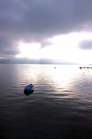 Morning in Annecy lake