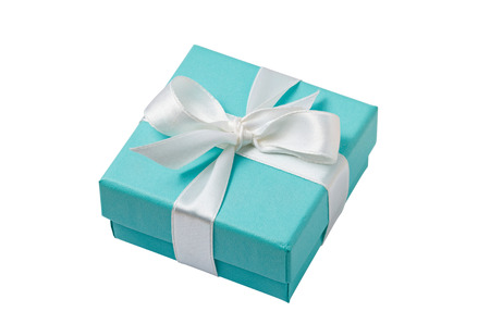 Photo pour Turquoise isolated gift box with white ribbon on white background - image libre de droit