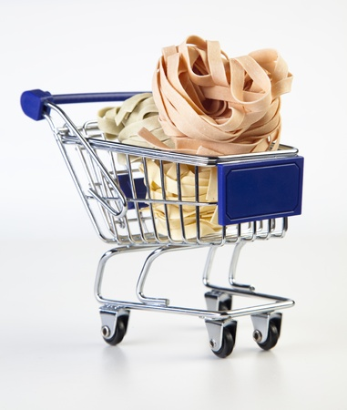 shopping cart wit Tagliatelle