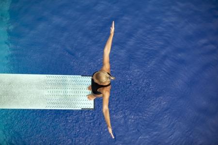 Photo pour springboard diver  - image libre de droit