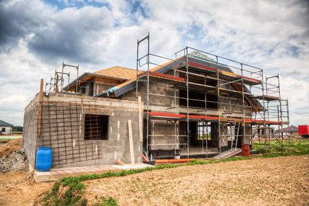 Photo pour construction site of an one family house - image libre de droit