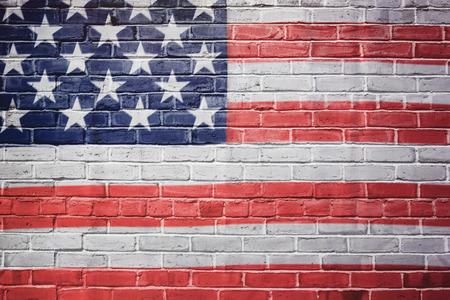 Photo pour USA flag painted on brick wall - image libre de droit