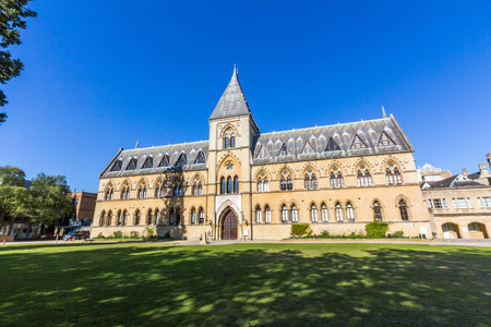 The Oxford University Museum of Natural History, also known as the Oxford University Museum or OUMNH, is located on Parks Road in Oxford, England.
