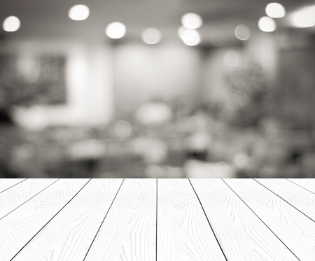 Photo pour Perspective wood and blurred cafe with bokeh light background. product display template - image libre de droit