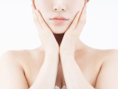 Photo pour Women who care about facial skin care - image libre de droit