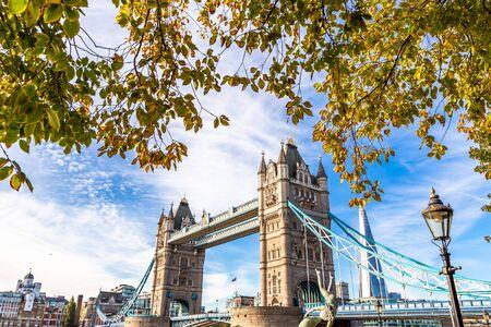 Foto für Tower Bridge in London, UK, United Kingdom. Europe. - Lizenzfreies Bild