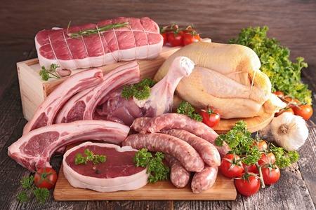 Photo pour raw meats - image libre de droit