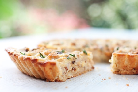 �¡auliflower and caramelized onion tart
