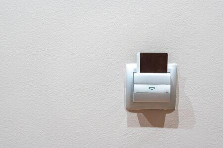 Photo pour Key Card Into a Hotel Room cardreader - image libre de droit