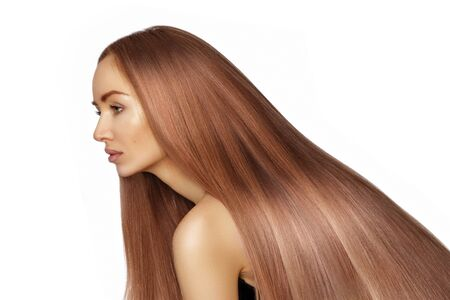 Photo pour Beautiful Woman with Long Straight Shiny Hair. Volume Hairstyle with Gloss Smooth Hair. Keratin Care Treatment. Perfect Salon Treatment, Shampoo or Conditioner. Permanent Straightening, Coloring - image libre de droit