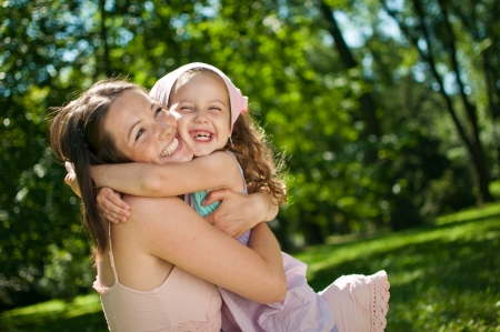 Photo pour Happiness - mother with her child - image libre de droit