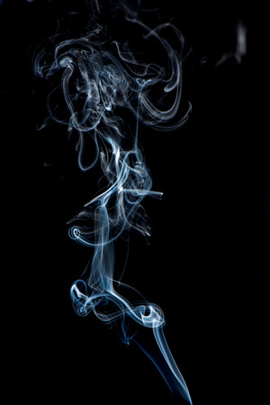 Photo pour white smoke on black background. artistic abstract - image libre de droit