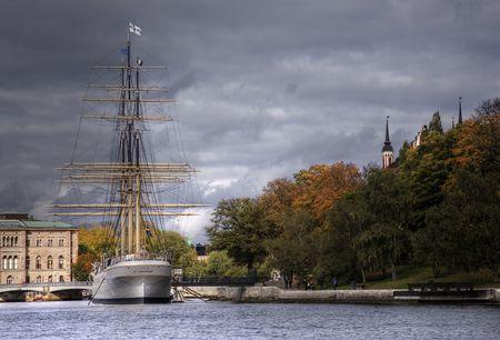 velero anclado en Estocolmo
