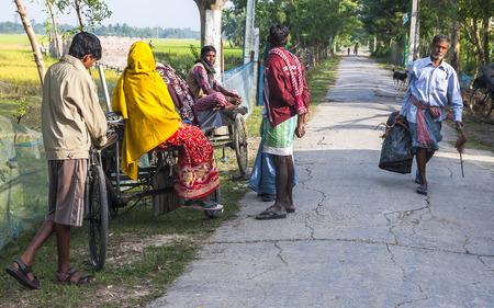 CALCUTTA, INDIA - CIRCA NOVEMBER 2013: life in the Indian village circa November 2013 in Calcutta.