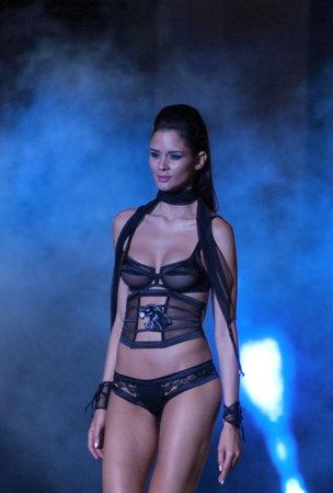 Foto per Model in lingerie - Immagine Royalty Free