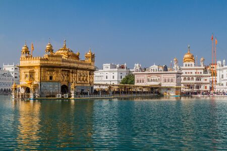 Photo pour Golden Temple (Harmandir Sahib) in  Amritsar, Punjab state, India - image libre de droit