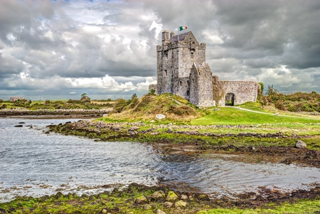 Dunguaire Castle, is a 16th-century tower house on the southeastern shore of Galway Bay in County Galway, Ireland, near Kinvarra Kinvara