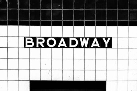 Photo pour Broadway subway stop sign made of tiles opposite the platform - image libre de droit