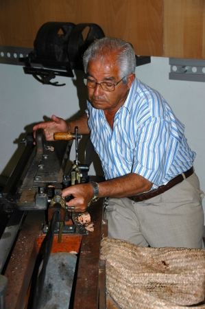 In the former cork factory Fabrica Thurs Ingl&Atilde,&uml,s you can visit a cork museum, with the demonstration of the production of wine corks