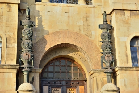 Foto per Taranto - detail of the Government Palace - Immagine Royalty Free