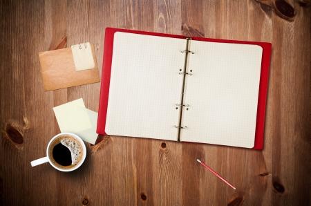 Photo pour Workspace with coffee cup - image libre de droit