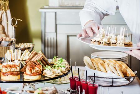 Photo pour catering banquet table - image libre de droit