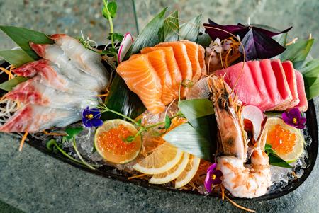 Foto de japanese foods sashimi (raw sliced fish, shellfish or crustaceans) - Image - Imagen libre de derechos