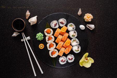 Foto de sushi on the black background - Imagen libre de derechos